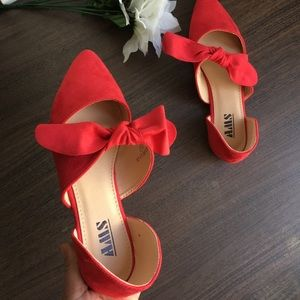 Red ribbon faux suede Pointed women's shoes